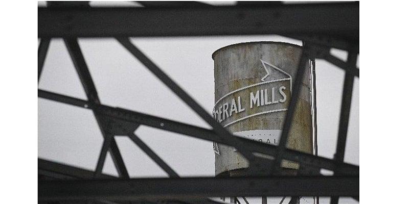 Federal Woolen Mills