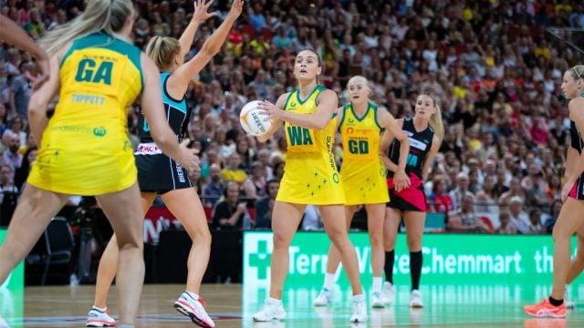 Liz Watson and Jo Weston playing as part of the 2019 Australian Diamonds squad