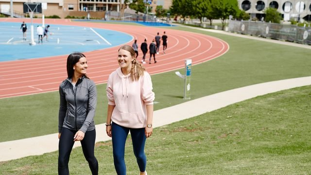 Various groups of students at Waurn Ponds athletics area