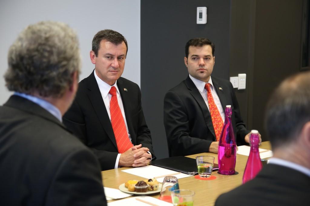 Ambassador Alvarez Reina and Mr Garza at the MoU signing