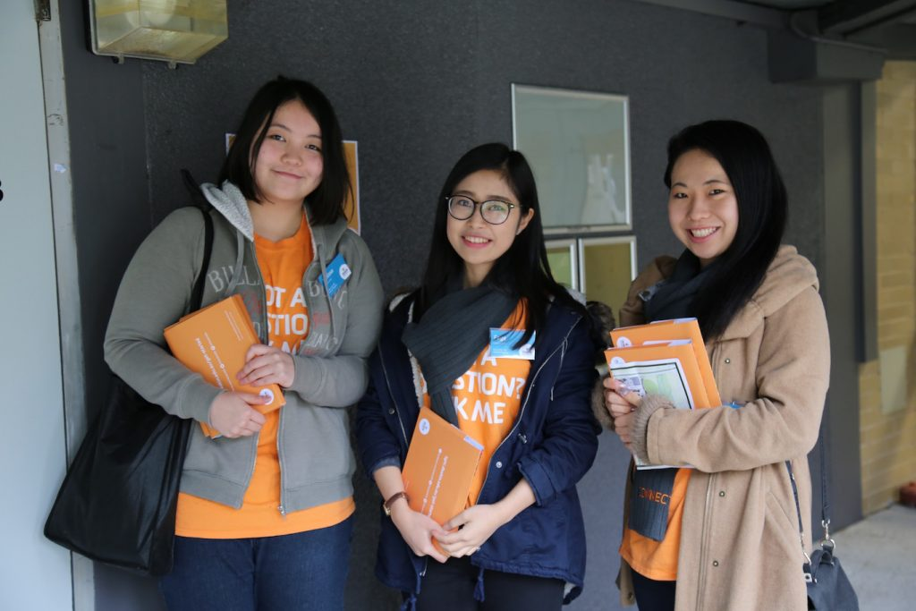Conntect Leaders welcome new students